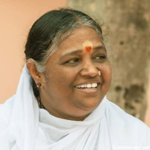 amritayoga.com_10-Apr_Experiences_My Experience Meeting Amma