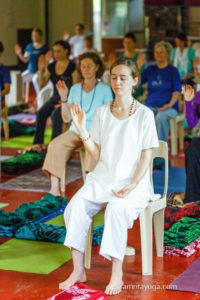 amritayoga.com_4-Nov_Retreat Experiences_Shiva Shakti Therapeutic Yoga Sadhana Retreat at Amritapuri - September 2015